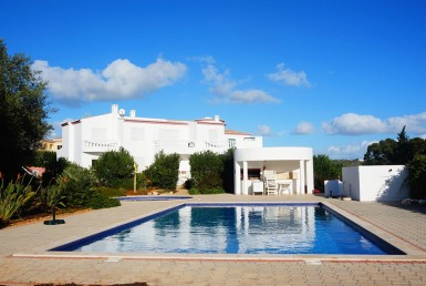 Light and Spacious 1-bedroom Apartments Praia da Luz Light and Spacious 2-bedroom Apartments Praia da Luz for rent