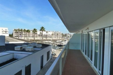 Fantastic 2-bedroom in the marina of Lagos